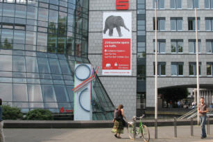 Sparkasse KölnBonn – Außenwerbung